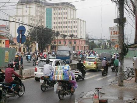 Đường Trường Chinh trở nên quanh co do bị bẻ cong (ảnh: Tuyến Phan)