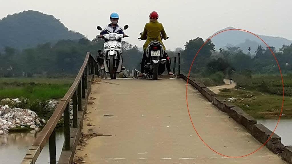Cầu Tam Liên xuống cấp nghiêm trọng, mất ATGT.