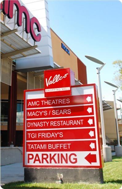 Trung tâm thương mại Vallco Shopping Mall -Ảnh từ Internet