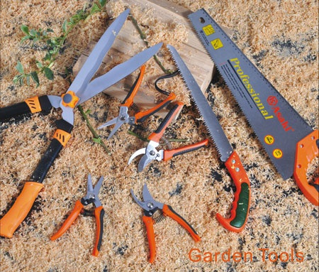 """Dụng cụ cầm tay Asaki """"đơn giản hóa"""" việc làm vườn"""