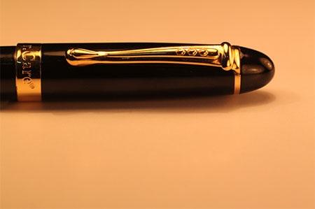 Bút mực bút ký của Thụy Sỹ chính hãng