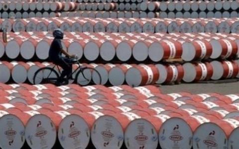 Nếu tính toán và điều hành kịp thời, việc giảm giá xăng dầu sẽ mang lợi cho nền kinh tế