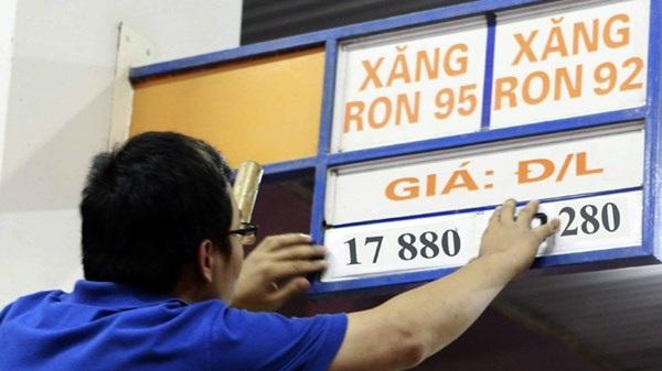 Điện, xăng cùng tăng giá: Lo giá cả leo thang