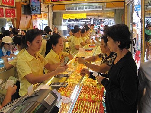 Nhu cầu tiêu thụ vàng ở Việt Nam vẫn rất lớn