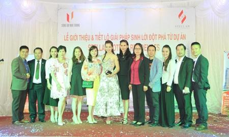 Bắt gặp Á hậu quý bà thế giới Nguyễn Thu Hương đi mua căn hộ tại Nha Trang.