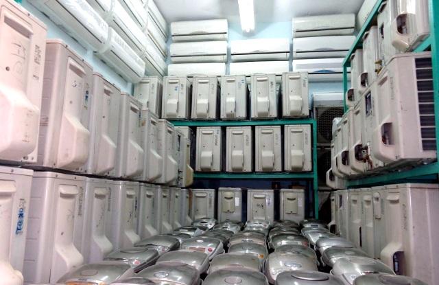 Hàng điện lạnh nhập ngoại về đầy kho (ảnh minh họa)