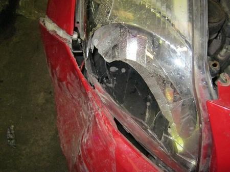 Số khung và số máy của chiếc xế hộp sửa chữa sau khi bị tai nạn