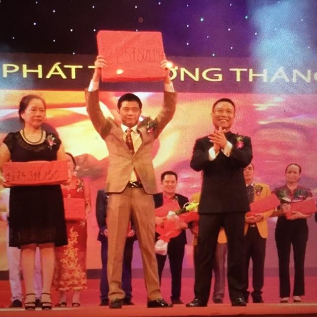 Những lễ trao thưởng rất hoành tráng của Thăng Long Group nhưng số tiền thưởng là sai lệch.