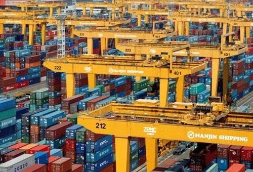 Tính đến đầu tháng 11, vẫn còn hơn 4.000 container nằm tại cảng và chưa được giải phóng.