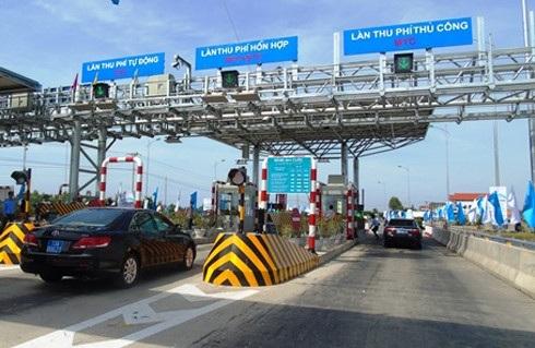 Các trạm thu phí BOT trên QL 1 và đường Hồ Chí Minh qua Tây Nguyên sẽ triển khai tối thiểu 1/2 số làn thu phí ETC. (Ảnh minh họa: Internet)