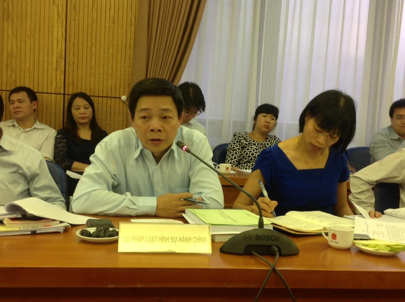 """""""Chúng ta có thể học kinh nghiệm chống tham nhũng của Trung Quốc"""""""