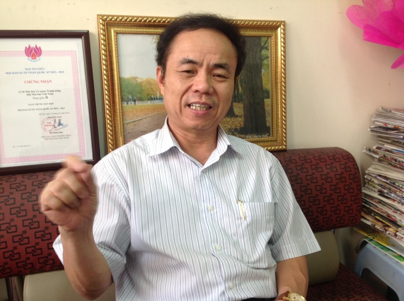 TS Trần Bá Dung.