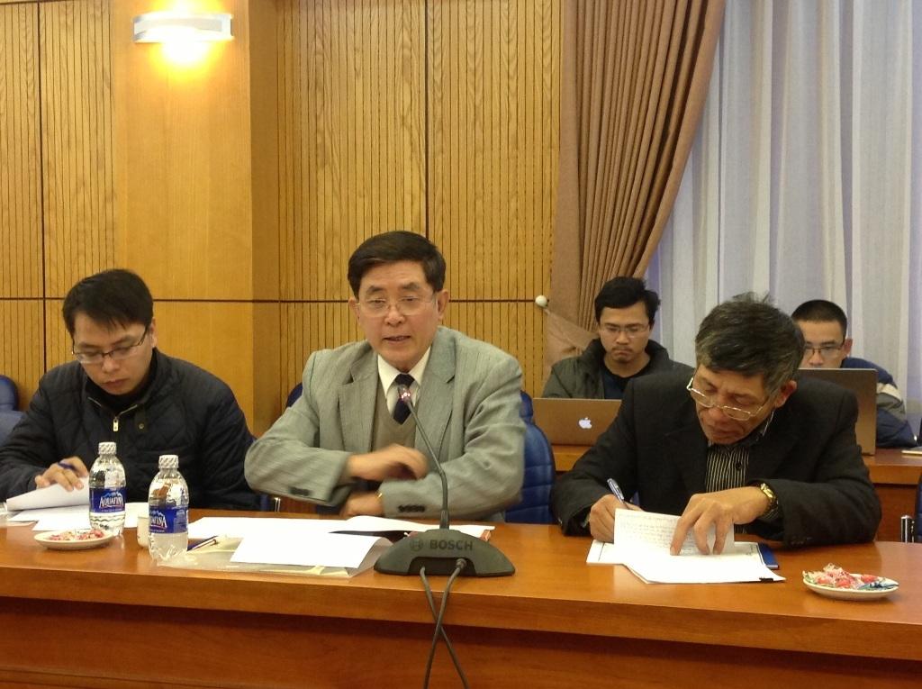 Ông Phạm Quý Tỵ trao đổi tại buổi tọa đàm.