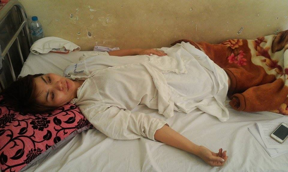 Chị Phạm Thị Thu Huyền tố cáo bị đánh đến sảy thai.
