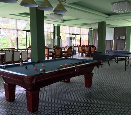 Bên cạnh phòng hát Karaoke là khu vực sân chơi thể thao Bi- a, bóng bàn.