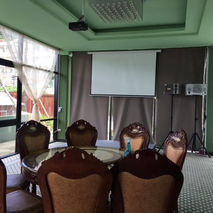 Phòng hát Karaoke bên trong biệt thự.