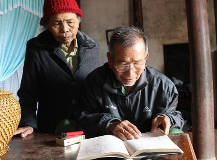 Hàng trăm trường hợp bị rắn đọc cắn suýt mất mạng được vợ chồng ông ghi lại