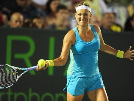 Federer bị Roddick hạ knock-out ngay tại vòng 3