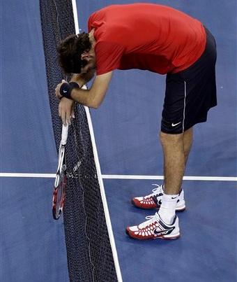 Del Potro không thể có trận thắng tiếp trước Djokovic