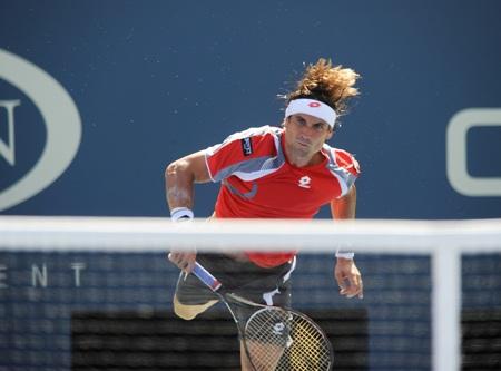 Ferrer dường như đã hết sạch hưng phấn sau khi trận đấu bán kết bị hoãn
