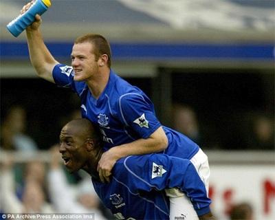 Rooney có trận ra mắt Premier League năm 2002 ở trận đấu gặp Everton