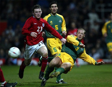 Rooney có trận ra mắt tuyển Anh vào năm 2003trong trận đấu với Áo