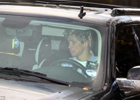 Các cầu thủ Chelsea, như Torres...