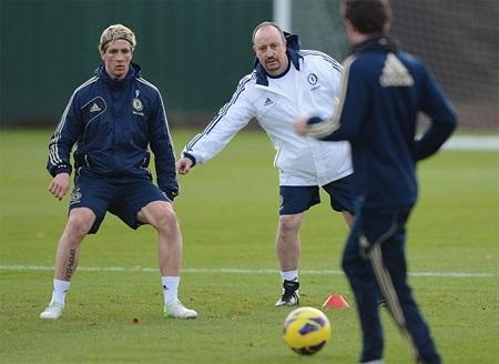 Torres gặp lại người thày cũ, chính Benitez là người đưa Torres tới Liverpool trước đây