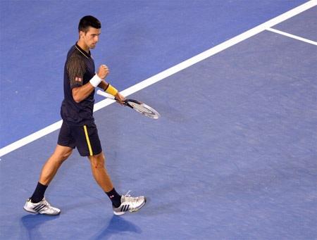 Djokovic thực hiện chiến thuật đánh chắc tay ngay từ đầu trận