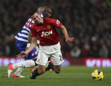 MU sẽ hơn Man City 15 điểm nếu thắng QPR