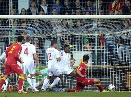 Anh vẫn chỉ hòa Montenegro sau 3 trận đối đầu