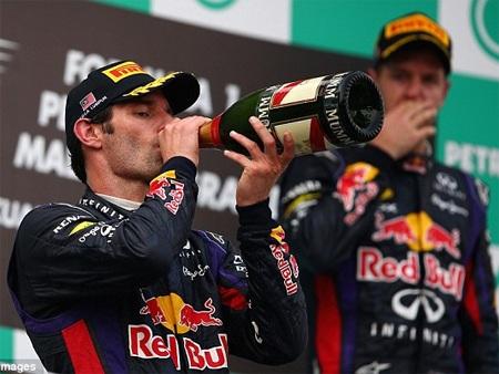 Webber có vẻ đã sai khi quyết định sử dụng lốp cứng ở 12 vòng đua cuối