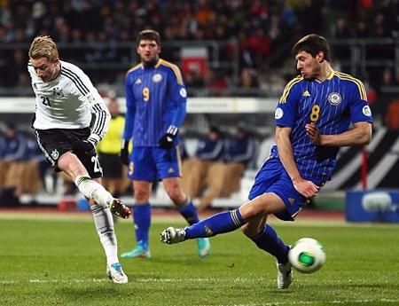Reus có cú đúp trong chiến thắng hoành tráng của Đức