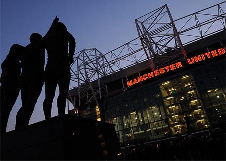 Old Trafford rạng rỡ chờ đón trận siêu kinh điển của châu Âu