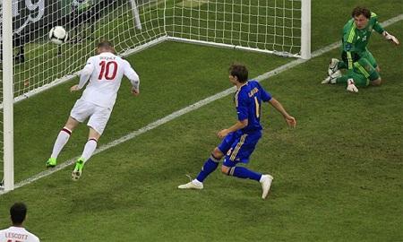Từ đó Rooney đã chính thức có một suất trong đội hình của Tam sư
