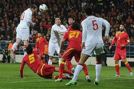 Rooney đã có bàn thắng quan trọng từ sớm