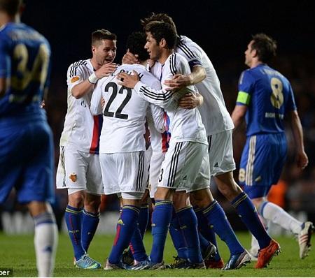 Basel vươn lên dẫn trước, nhưng vẫn tan nát trước Chelsea