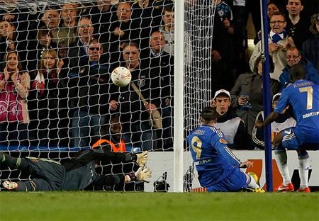 Torres đã không cho Basel hy vọng, anh ghi bàn quân bình tỷ số ở phút 50