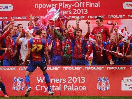 Crystal Palace đã trở thành đội thứ 3 giành vé thăng hạng Premier League mùa tới