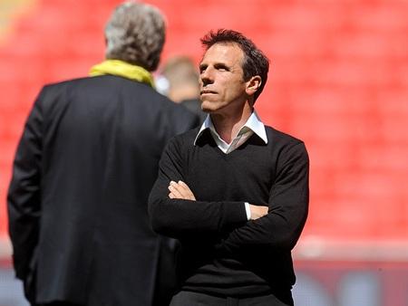 Zola vẫn chưa thể trở lại Premier League làm việc