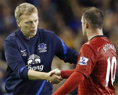 Với Rooney, Moyes luôn đố kỵ với anh