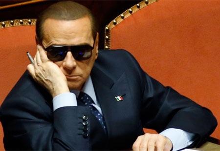 Berlusconi lại phải nhận thêm án tù mới
