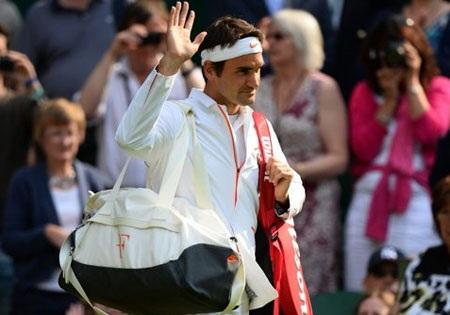 Federer đã bị loại ngay ở vòng 2
