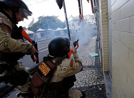 Lực lượng cảnh sát Brazil đã không nương tay