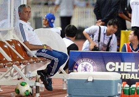 Mourinho đã có chiến thắng đầu tay cùng Chelsea