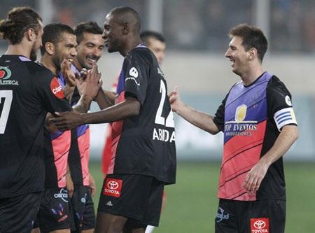 Đội bóng Messi và những người bạn chủ yếu là đồng đội của tiền đạo nào ở Barca và tuyển Argentina