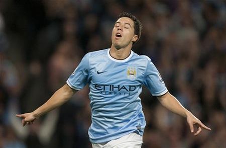 Anh ăn mừng bàn thắng ấn định chiến thắng 4-0 cho Man City
