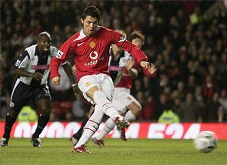 Ronaldo bắt đầu được so sánh với George Best