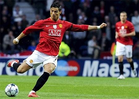 Bàn thắng từ khoảng cách gần 40m vào lưới Porto được bình chọn là bàn thắng đẹp nhất năm