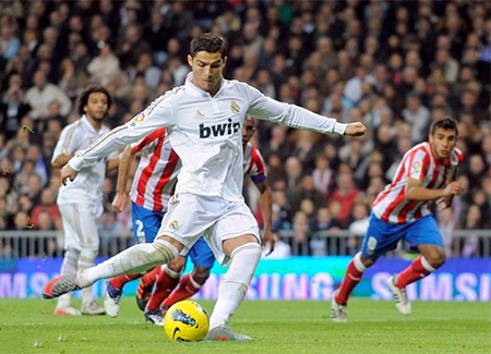 Ronaldo tiếp tục là cỗ máy ghi bàn, Real đã đăng quang tại La Liga